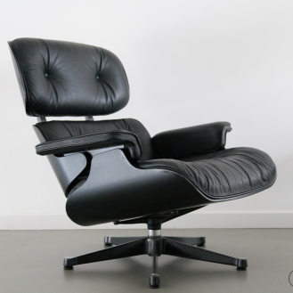 augustus vitra eames lounge chair